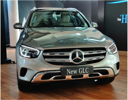 Mercedes-Benz-GLC-with-MBUX